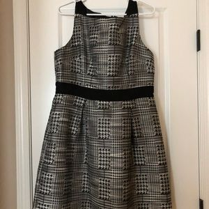 LN Jessica Simpson Houndstooth Dress